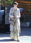 Celebrities Wonder 10987153_anne-hathaway-meeting_1.jpg
