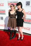 Celebrities Wonder 12329089_Streamy-Awards-red-carpet_Kirsten Vangsness and Pauley Perrette 3.jpg