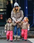 Celebrities Wonder 20914547_sarah-jessica-parker-children_5.jpg