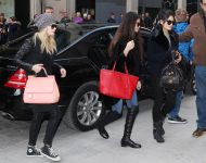 Celebrities Wonder 23001808_spring-breakers-stars-in-paris_8.jpg