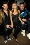 Celebrities Wonder 24900542_carmen-electra-the-blonds_1.jpg
