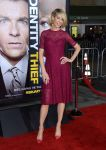 Celebrities Wonder 29483916_Identity-Theft-Los-Angeles-premiere_Jenna Elfman 1.jpg