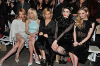 Celebrities Wonder 32440664_christian-siriano-fall-2013-front-row_4.jpg