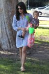 Celebrities Wonder 42565009_selma-blair-son_2.jpg