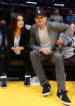 Celebrities Wonder 48009366_mila-kunis-Lakers-VS-Phoenix-Suns-Game_2.jpg