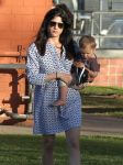 Celebrities Wonder 48698381_selma-blair-son_7.jpg