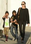 Celebrities Wonder 52208845_angelina-jolie-children_2.jpg