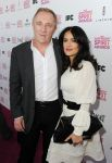 Celebrities Wonder 55882563_salma-hayek-spirit-awards_3.jpg