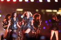 Celebrities Wonder 56251533_beyonce-super-bowl-performance_2.jpg