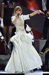 Celebrities Wonder 57192284_taylor-swift-brit-awards-performance_1.jpg