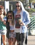 Celebrities Wonder 59157790_ashley-tisdale-boyfriend_6.jpg