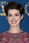 Celebrities Wonder 59361941_2013-dga-awards_Anne Hathaway 3.jpg
