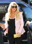 Celebrities Wonder 65401400_pregnant-jessica-simpson_6.jpg