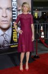 Celebrities Wonder 77634066_Identity-Theft-Los-Angeles-premiere_Jenna Elfman 2.jpg