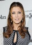 Celebrities Wonder 80003977_women-in-film-pre-oscar-party_Kate Walsh 2.jpg