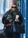 Celebrities Wonder 8144795_ashley-olsen_5.jpg