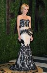 Celebrities Wonder 84039909_julie-bowen-oscar-party_1.jpg
