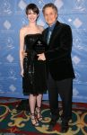 Celebrities Wonder 88358195_anne-hathaway-cas-awards_1.JPG