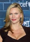 Celebrities Wonder 92121603_montblanc-unicef-oscar-party_Natasha Henstridge 2.jpg