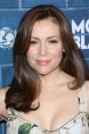Celebrities Wonder 92492482_montblanc-unicef-oscar-party_Alyssa Milano 3.jpg