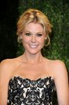 Celebrities Wonder 92643919_julie-bowen-oscar-party_4.jpg