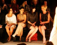 Celebrities Wonder 93393324_katherine-heigl-Jenny-Packham-fall-2013_4.jpg