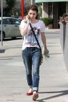 Celebrities Wonder 11143162_emma-roberts-dentist_2.jpg