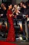 Celebrities Wonder 12679591_rosario-dawson-trance-london-premiere_3.JPG