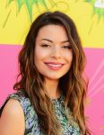 Celebrities Wonder 14678816_miranda-cosgrove-kids-choice-awards-2013_5.JPG