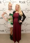 Celebrities Wonder 24027091_jessica-simpson-belk-southpark_1.JPG