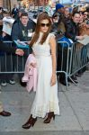 Celebrities Wonder 27130813_eva-mendes-The-Daily-Show_3.jpg