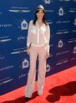 Celebrities Wonder 33699540_John-Varvatos-2013-Stuart-House-Benefit_Perrey Reeves 1.jpg