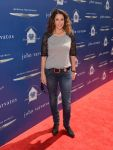 Celebrities Wonder 34874274_John-Varvatos-2013-Stuart-House-Benefit_Melina Kanakaredes 1.jpg
