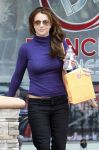 Celebrities Wonder 36593439_britney-spears-salon_4.jpg
