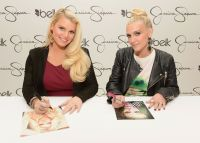 Celebrities Wonder 40056530_jessica-simpson-belk-southpark_8.JPG