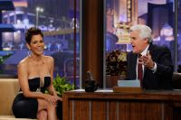 Celebrities Wonder 43976454_halle-berry-The-Tonight-Show-with-Jay-Leno_6.jpg
