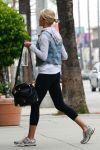 Celebrities Wonder 48995566_cameron-diaz-leggings_4.jpg