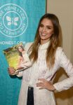 Celebrities Wonder 52242514_jessica-alba-the-honest-life_5.jpg