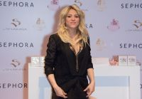 Celebrities Wonder 52451590_S-By-Shakira-perfume-launch_6.jpg
