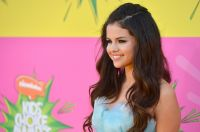 Celebrities Wonder 52984382_selena-gomez-kids-choice-awards-2013_7.JPG