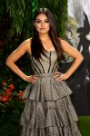 Celebrities Wonder 53976760_oz-london-premiere_Mila Kunis 2.jpg