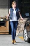 Celebrities Wonder 55509248_emily-vancamp-shopping_1.jpg