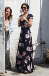 Celebrities Wonder 68503704_vanessa-hudgens-maxi-dress_2.jpg