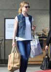 Celebrities Wonder 78588264_emily-vancamp-shopping_6.jpg