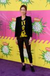 Celebrities Wonder 79018316_kristen-wiig-2013-kids-choice_1.jpg