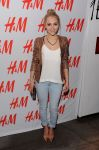 Celebrities Wonder 7912518_nnasophia-robb-HM-Denim-Days_2.jpg