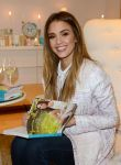 Celebrities Wonder 93729293_jessica-alba-the-honest-life_4.jpg