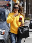 Celebrities Wonder 98682756_jessica-alba-santa-monica_5.jpg