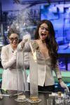 Celebrities Wonder 99932408_vanessa-hudgens-selena-gomez-El-Hormiguero_4.jpg