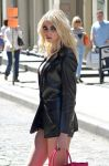 Celebrities Wonder 10231225_taylor-momsen-music-video-set_7.jpg